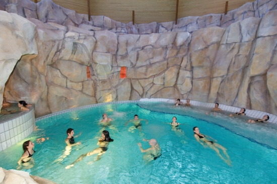 Votre mini cure royat chamali res for Chamalieres piscine