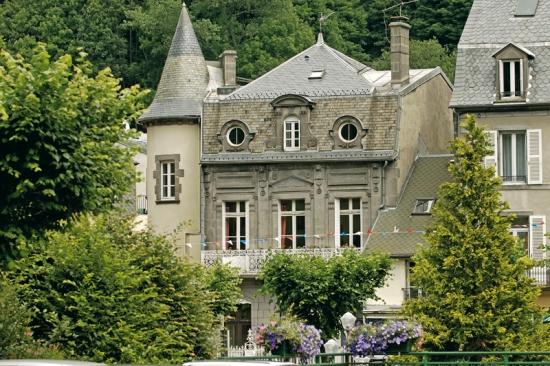 S jour forme et vitalit 6 jours 6 nuits au mont dore for Hotel mont dore avec piscine interieure